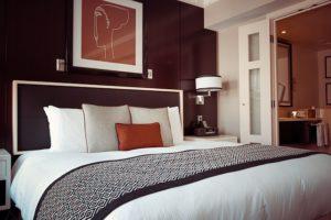 hotelová izba kam zobrať ženu po vydarenom rande 6 skvelých miest na sex, kam zobrať ženu po vydarenom rande hotelova   izba  300x200