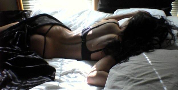erotogénne zóny ženy Erotogénne zóny ženy - ako dostať ženu do varu a užiť si predohru? erotogenne zony zeny zena na posteli sexi zadok