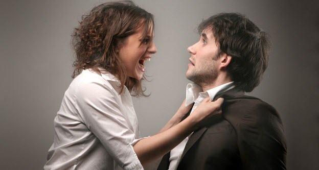 chyby vo vzťahu 10 hlúpych chýb, ktoré chlapi robia vo vzťahu muz zena hadka
