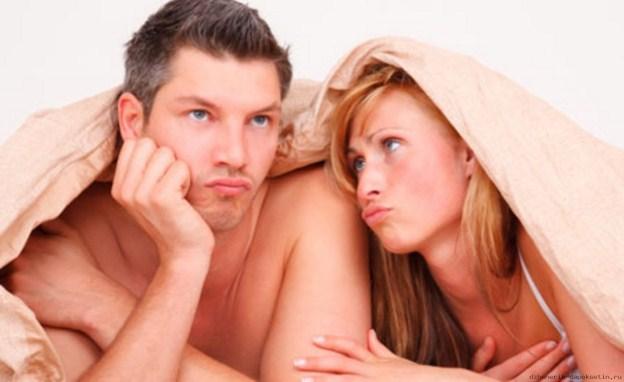 predčasná ejakulácia, sklamaný muž, smutná žena po sexe, zlý sex, moc rýchlo sa chlap spraví predčasná ejakulácia Predčasná ejakulácia: 10 jednoduchých tipov, ako predĺžiť sex predcasna ejakulacia cviky sklamany muz