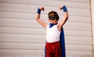 3 jednoduché tipy na okamžité sebavedomie master Miro a jeho skúsenosť a výsledky s ročným mentoringom CHLAP 2.0 MASTER*** sebavedomie chlapec superhrdina 300x185