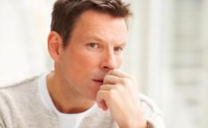 Živé vysielanie - 7 Najhorúcejších otázok, ktoré chlapov pri ženách trápia sebedůvěru 3 tipy, jak mít větší sebedůvěru muz sa trapi rozmysla 300x185