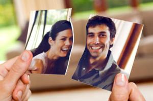 5 najčastejších dôvodov, prečo sa (aj) fungujúce vzťahy končia rozchodom fungujúce vzťahy 5 najčastejších dôvodov, prečo sa (aj) fungujúce vzťahy končia rozchodom zena trha spolocnu fotku1 300x199
