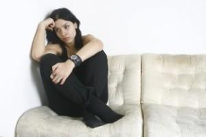 Smutná žena mýtov o vzťahoch 7 NAJVÄČŠÍCH mýtov o vzťahoch Dollarphotoclub 70959733 312 x 208 300x200