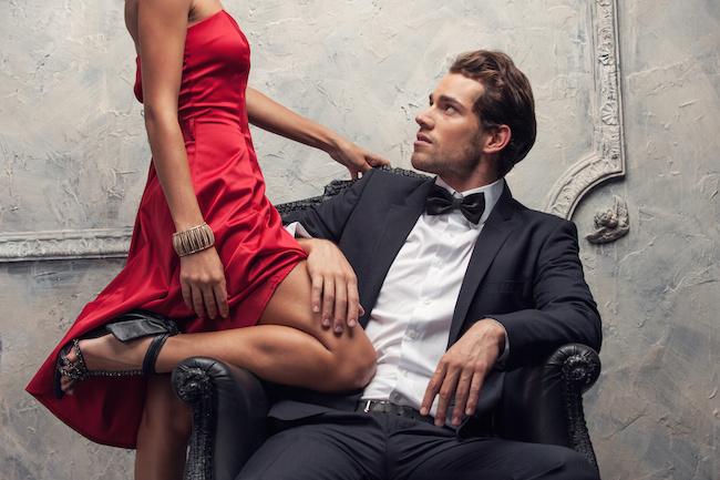 ako zbalit muza 11 rozdielov medzi randením s mužom a s chlapcom Dollarphotoclub 57426351