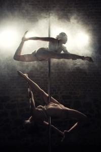 """Chiqui Pole Dance Studio pole dance Rozhovor:  Dá sa tancovať nielen """"pri tyči"""", ale aj """"na tyči"""" 664613 288338557935206 273903579 o"""