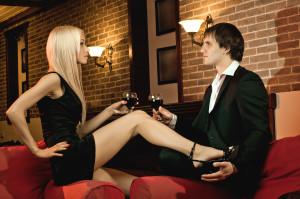 príťažlivosť muža, ako mať charizmu, ako byť sexi muž hodnota Ako ženy skutočne vnímajú tvoju hodnotu? bigstock Romantic Date 72213283 300x199