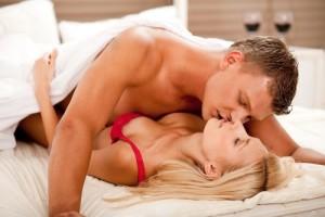 dvojica v posteli (500 x 333) jak rozvášnit ženu Jak rozvášnit ženu na maximum za méně než 15 minut dvojica v posteli 500 x 333