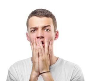 chlap sa bojí, nervózny, nervozita pred oslovením, strach zoznámenie nervózny Ako odstrániť strach a nebyť pri zoznámení nervózny (raz a navždy) chlap sa boj   340 x 312 300x275
