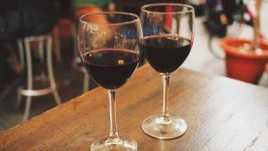 oslovenie, víno  oslovenia ženy 5 Tipov: Ako sa zbaviť strachu z oslovenia ženy wine 890371 640 300x169