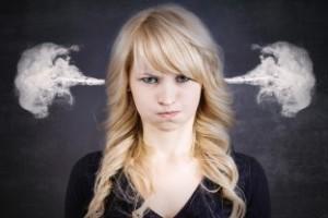 nahnevaná žena, zlá nálada (312 x 208) prečo utekáme zo vzťahov Prečo utekáme zo vzťahov? nahnevan     ena zl   n  lada 312 x 208 300x200