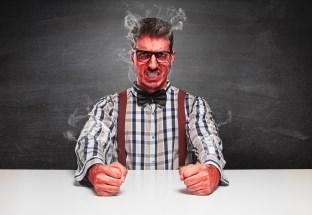nahnevaný muž, nastratý, jedovatý (312 x 215) nervózny Ako odstrániť strach a nebyť pri zoznámení nervózny (raz a navždy) nahnevan   mu   nastrat   jedovat   312 x 215