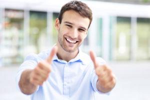 ako dávať ženám komplimenty priveľa komplimentov [2/10] Dávaš jej priveľa komplimentov? | 10 znižovačov hodnoty Dollarphotoclub 57706009 300x200