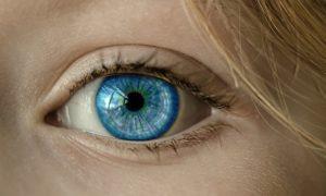 Ľudské oko  sexuálne obrazy Sexuálne obrazy: Ako byť potenciálny milenec od prvého zoznámenia eye 1173863 640 300x180