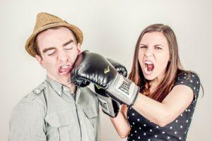 hádka, boj, dať do nosa zoznámenie so ženou Kedy sa zoznámenie so ženou stane pre ňu nezabudnuteľné? ha  dka boj dat   do nosa