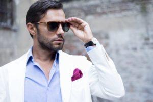 chlap-oblečenie-rande-sako-okuliare-600-x-400 vyššie sebavedomie #6 Praktický tip, ako zvyšovať hodnotu chlapa a mať vyššie sebavedomie chlap oblec  enie rande sako okuliare 600 x 400 300x200