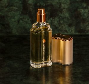 parfum ako zvyšovať sebavedomie #4 Praktický spôsob, ako zvyšovať sebavedomie, hodnotu a byť pri tom štýlový perfume 420174 640 300x281