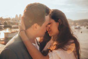 ako-sa-bozkavat ako sa bozkávať [Pýtaj sa Michala] Ako sa bozkávať vášnivo a hravo? (Pre pokročilých) ako sa bozka  vat    300x200
