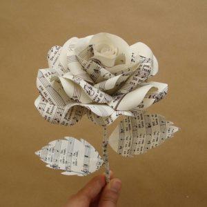 sebavedomie #1 kľúč ku konzistentnému úspechu v zoznamovaní sa s atraktívnymi ženami origami papierova ruza 300x300