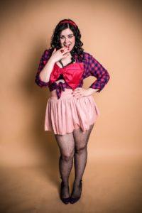 rozhovor Rozhovor s burlesque divou: Ľúbte seba a určite príde niekto, kto bude ľúbiť vás Brano Vartovnik rozhovor s Diamond Fairy 5 200x300