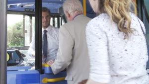 povolanie 10 povolaní, pri ktorých narazíš na stovky žien vodi   autobusu pred  va l  stky
